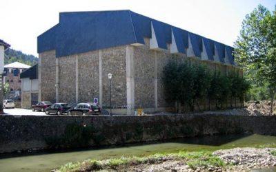 Obras de arreglo de la cubierta del Frontón Municipal